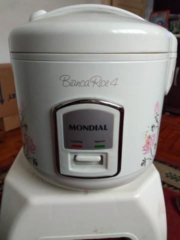 60ce245e6 Panela de arroz bianca rice 4 xicaras novas - Eletrodomésticos ...