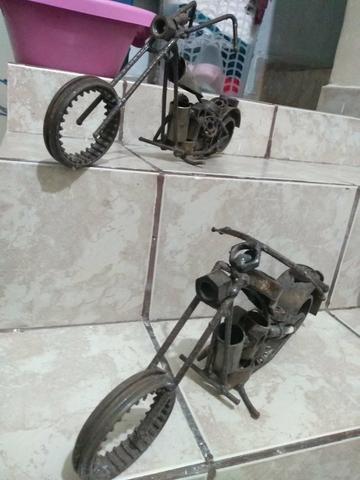 Escultura de moto com sucata - Foto 2
