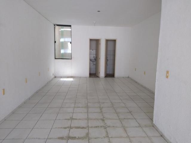 Vendo Ponto Comercial com 3 pavimentos no Vila União, R$ 260 mil com documentos. Recebo ca - Foto 9
