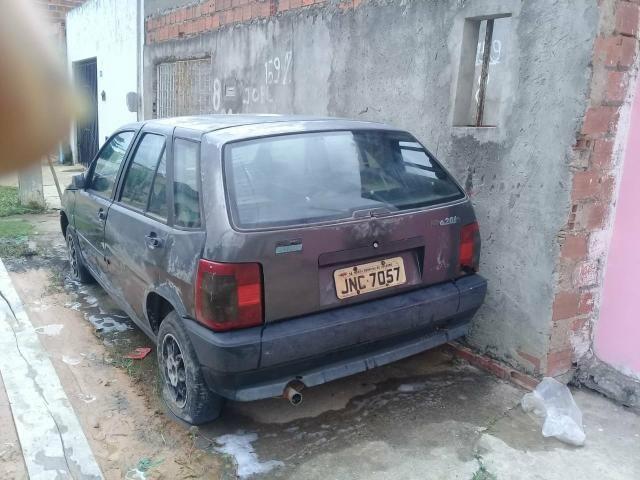 Vende-se um carro Fiat tipo para retirada ou bota pra roda - Foto 2