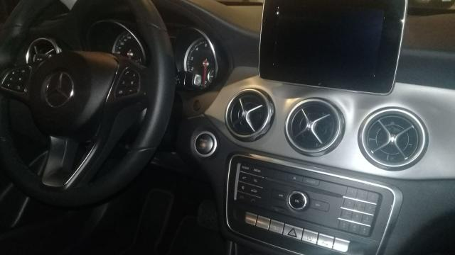 Vendo Mercedes Benz Gla 200 advance 2018 blindada - Foto 4