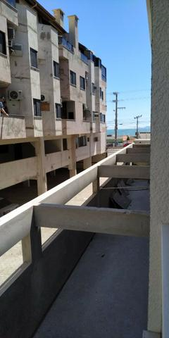 Napraia-Amplo Ap 01 Dorm,piscina e salaõ de festas na cobertura frente mar-parcela! - Foto 2