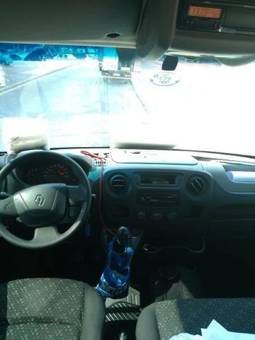 Ocasião!! Van Renault Master Executive L3H2 16 lugares diesel