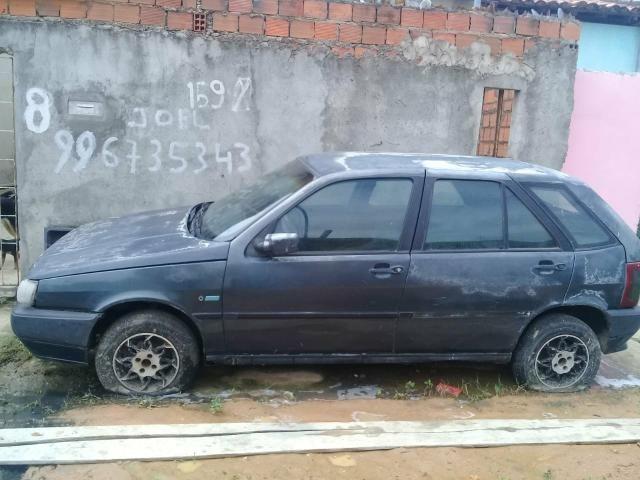 Vende-se um carro Fiat tipo para retirada ou bota pra roda - Foto 3