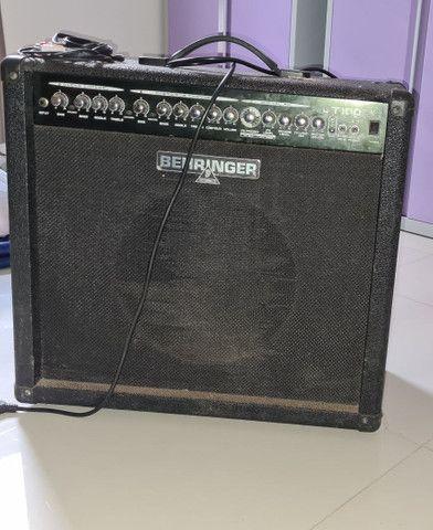 Caixa de som para instrumentos