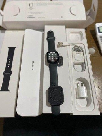 Apple Watch Serie 5 44mm Celular + GPS Leia Descrição