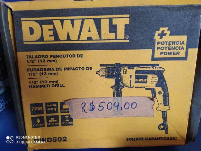 "FURADEIRA DE IMPACTO DE 1/2"" (13MM) 710W DeWALT"