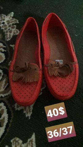 Sandálias usadas e seminovas - Foto 2