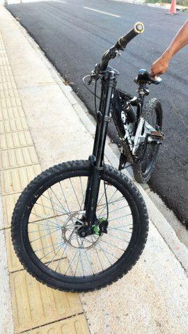 bicicleta de Downhill Astro - Foto 3