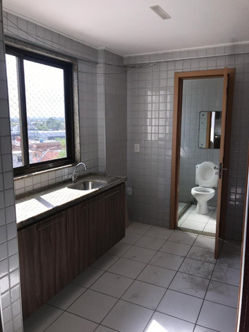 Apartamento com 107m², Sendo 3 Quartos, 1 Suíte, 2 Vagas No primeiro Jardim de Boa Viagem - Foto 19