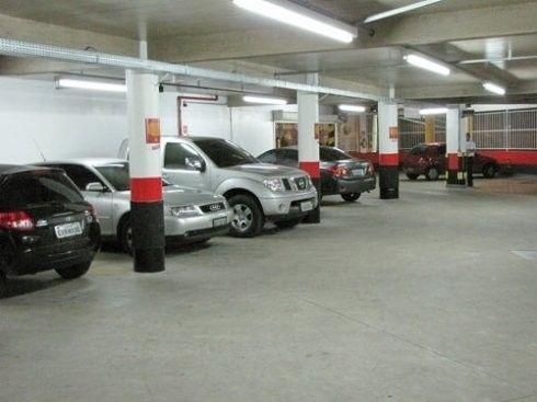 Vaga de garagem  para venda tem 15 metros quadrados em Centro - Teresópolis - RJ.
