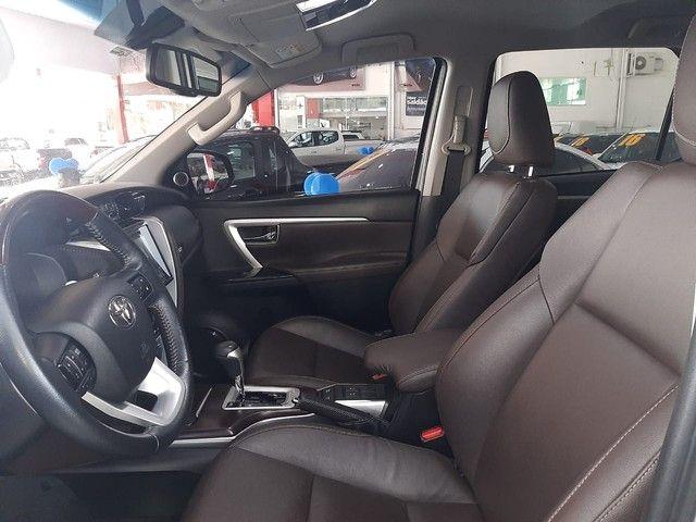 Toyota SW4 2.8 TDI SRX 7L 4x4 (Aut) - Foto 6
