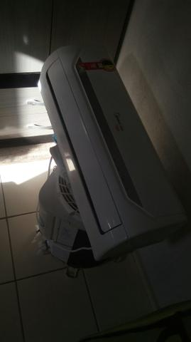 Vendo central de ar de 9btus