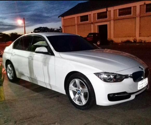 Vendo BMW 320i modern sport turbo 2.0activeflex 16v 4p