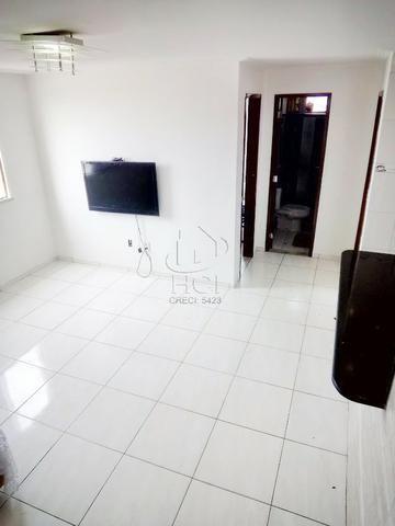 Apartamento Amplo, Financiável, 2/4 (1 Suíte), Condomínio, Garagem; Itapuã-HP022 - Foto 2