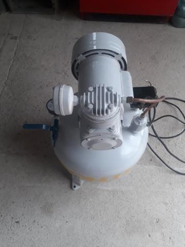 Compressor Odontológico Isento de Óleo - Foto 5