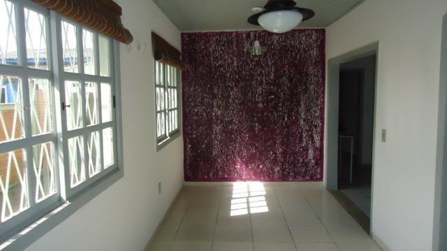 Ótima casa 3 dormitórios com vaga no Cristal próximo Avenida Icaraí - Foto 3