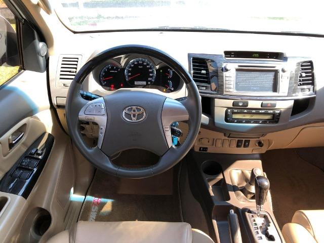 Toyota Hilux Sw4 Srv 3.0 4x4 Automática 7 Lugares - Foto 6