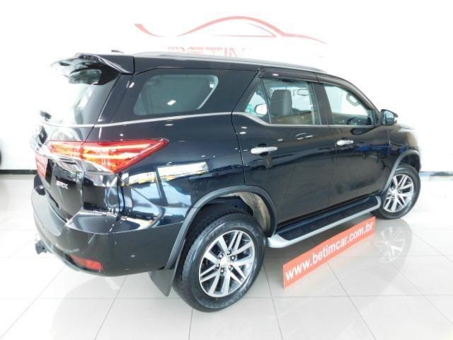 Toyota Hilux SW4 SRV 2.8 Diesel - Foto 7