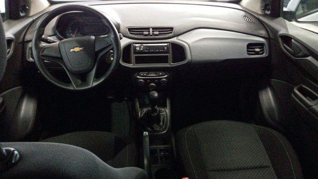 Chevrolet Onix Joy 1.0 - Foto 8