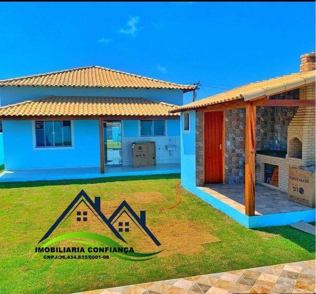 01- Linda Casa em Condomínio, 2 Quartos com piscina / Região dos Lagos - Foto 12