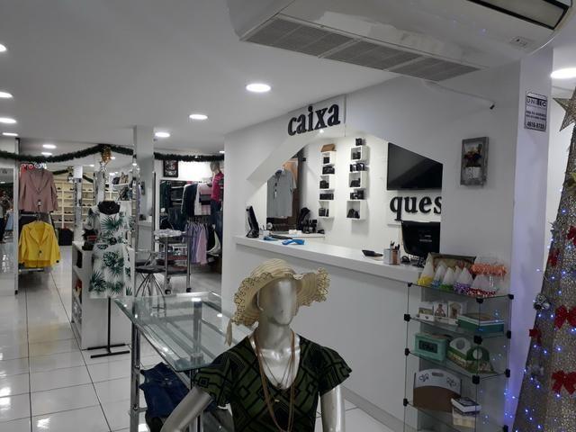 Vendo Loja de roupas Masc. e Fem. calçados e acessorios completa - Foto 5