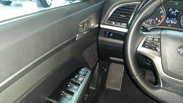 2. Hyundai Elantra 2.0 - Oferta!!! - Foto 11