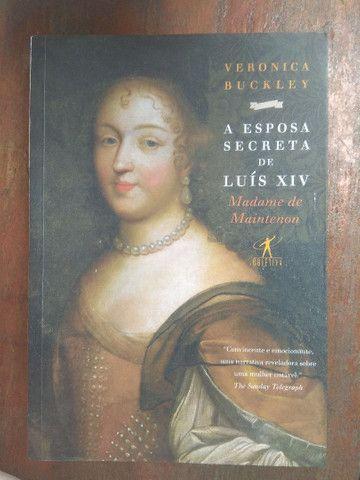 Livro sobre a esposa secreta