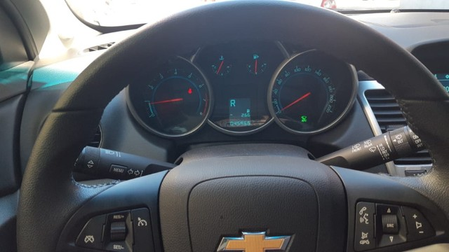 Cruze HB 2015 Automatico Unica Dona 46000 km original - Foto 5
