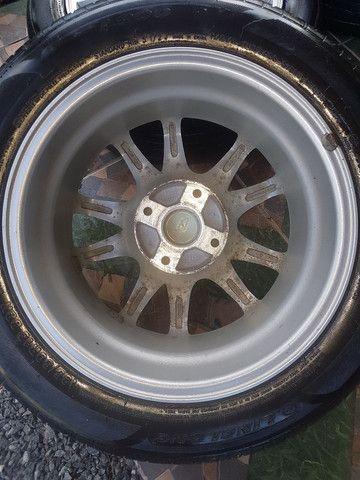 """Rodas 15"""" 4x114 com pneus. - Foto 4"""