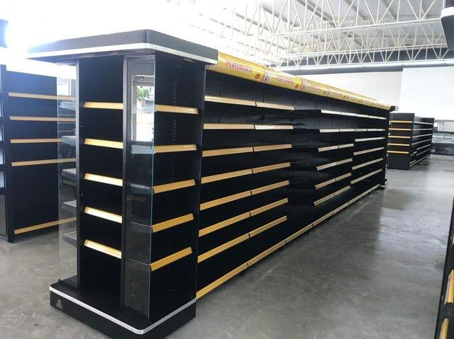 Gôndolas, refrigeração e expositores para supermercado