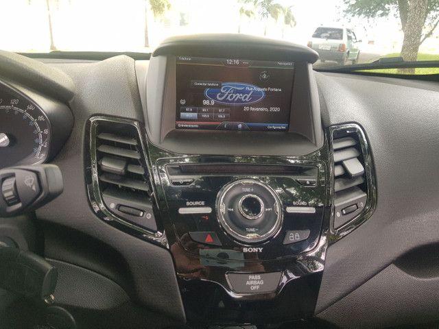 Fiesta Sedan Titaniun 1.6 2015 - Foto 4