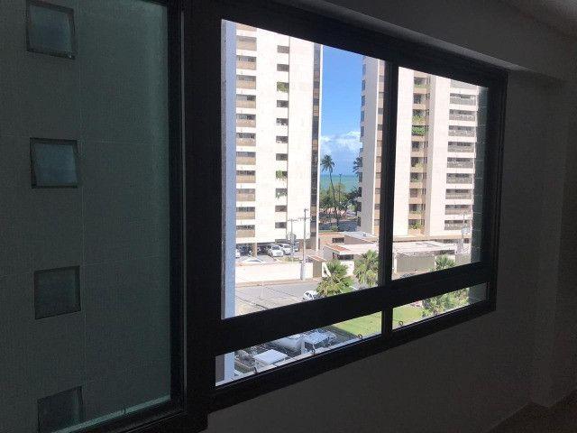 Apartamento com 107m², Sendo 3 Quartos, 1 Suíte, 2 Vagas No primeiro Jardim de Boa Viagem - Foto 17