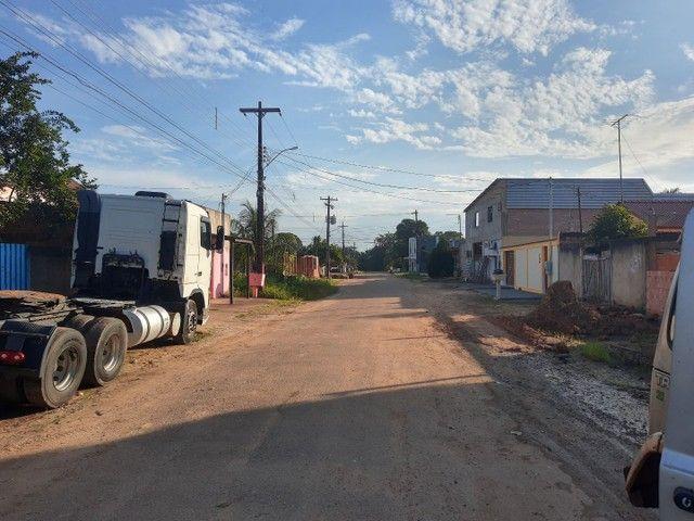 Casa com excelente terreno no Centro de Candeias do Jamari - Foto 2