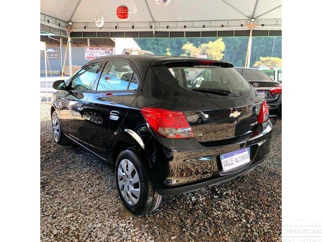 Chevrolet Onix HATCH LT 1.4 8V FlexPower 5p Mec. - Foto 5