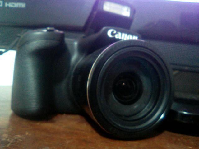 Câmera canon PowerShot 400is