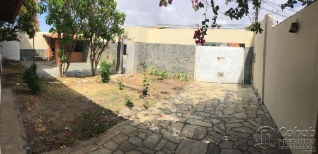 Casa na coroa do meio com quintal - Foto 3