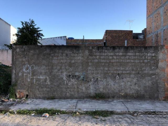 TERRENO NO BAIRRO INDUSTRIAL, PROX. A ORLINHA E COM VISTA PARA O RIO
