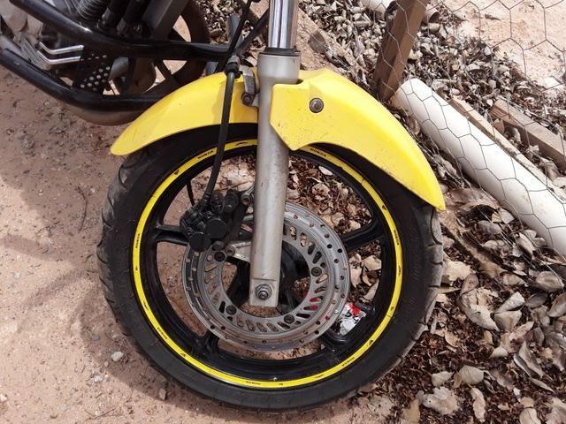 Vende-se Moto Twister 2007