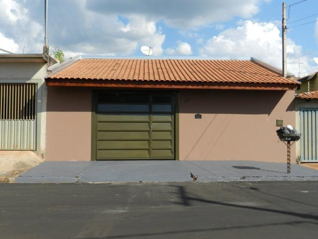 Linda Casa em Serrana/SP - 3 dormitórios, sendo 01 com Suíte