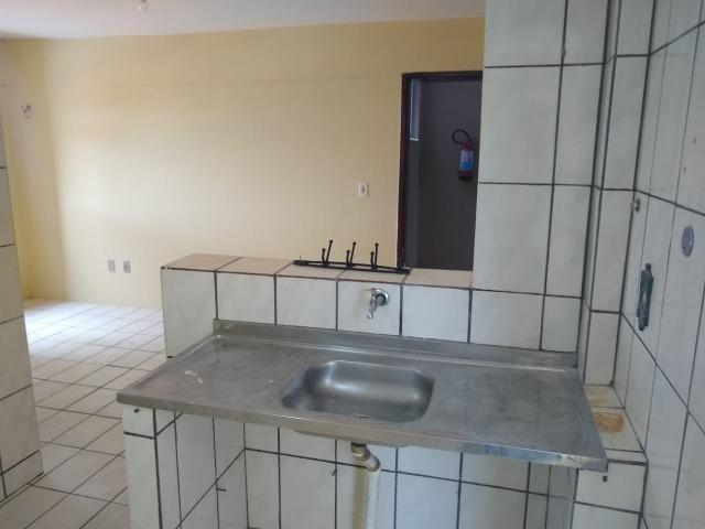 Ótimo apartamento com 02 quartos para aluguel no bairro Joaquim Távora - Foto 4