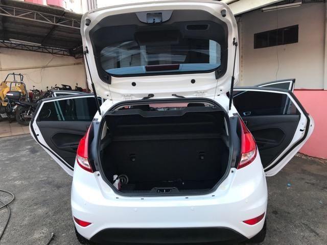 Ford New Fiesta 2014 Branco 1.5 SE - Foto 7