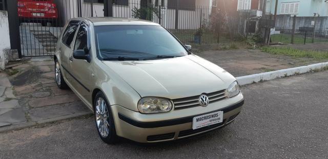 VW golf 1.6 Completo com rodas aro 17 ano 2001