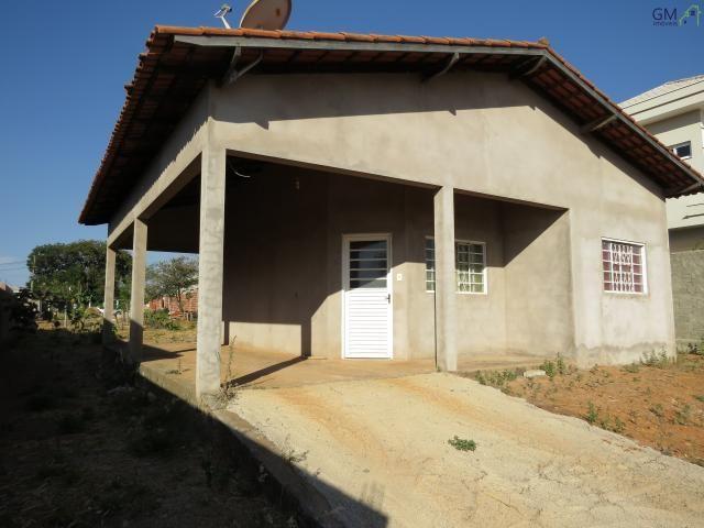 Casa a venda / condomínio alto da boa vista / 2 quartos / garagem coberta / sobradinho - d
