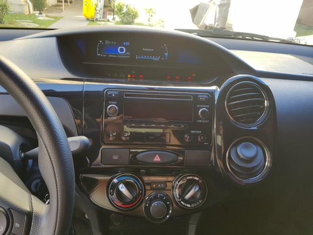 Toyota Etios HB XS 1.5 Automático - Foto 9