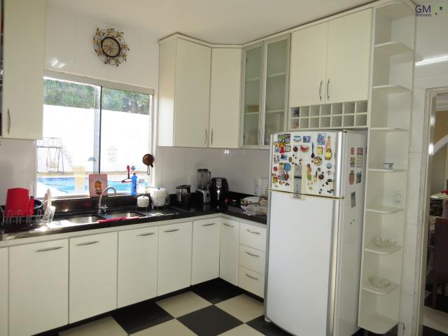 Casa a venda / Condomínio Vivendas Bela Vista / 5 Quartos / Piscina / Aceita permuta / Gra - Foto 8