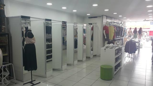 Vendo Loja de roupas Masc. e Fem. calçados e acessorios completa - Foto 9
