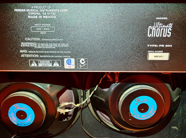 Amplificador Fender Ultimate Chorus 130w Marshall Vox Orange laney blackstar peavey - Foto 6