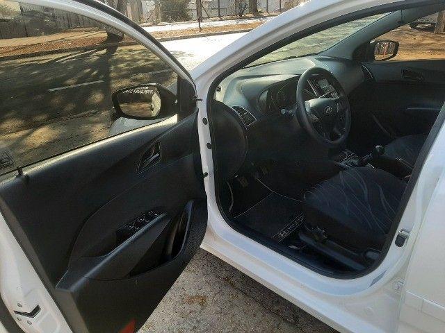 hb20 hatch comppleto.2013 extra,unica dona,04 pneus otimos,ipva 2021 pago,baixo km - Foto 9