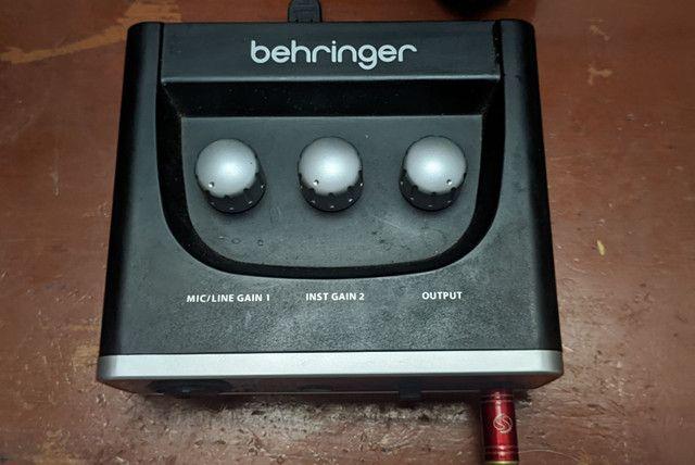 Interface de áudio Behringer um2 - Foto 2